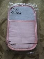 AVON*DAILY REVIVAL FACIAL CLEANSING MITT **NEW IN PLASTIC**1990 OLD STOCK