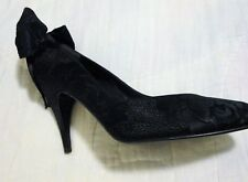 New Stuart Weitzman Black on Black Brocade Silk Pumps Shoes Bow Back Cut Out 8.5