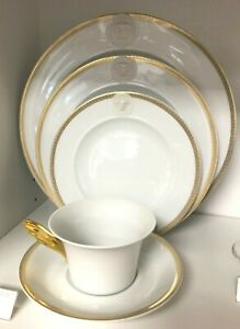 Medusa D' Or by Rosenthal - Versace 5 piece Place Setting, fine China, NEW
