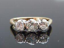 Impresionante 18ct oro 0.88ct 3 Brillante Corte Diamante Anillo Diamante de alta calidad m24