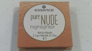 ESSENCE COSMETICS Pure Nude Highlighter 010 in Popping Champagne 3.3g/0.12oz