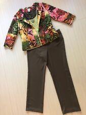 Women's Chico's Outfit: 1.0 (8) Jkt & Top; 1.5 (10) Pants. NWOT Necklace. EUC 1A