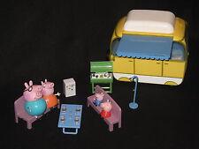 Peppa Pig Completa Camper Van con todas las figuras. papá, mamá, George Caravan De Juguete