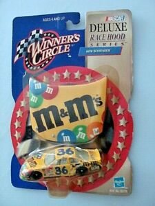 #38 - KEN SCHRADER - M&M's PONTIAC GRAND PRIX - Winners Circle 2000 - 1:64 CAR