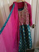 Pakistani lengha/Indian/lengha choli/Asian outfit/green lengha/mendhi outfit,