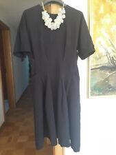 Hübsches Kleid von COS, Gr. 34, dunkelblau