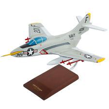 US Navy Grumman F9F-8 Cougar Desk Display Model Jet 1/32 Aircraft ES Airplane