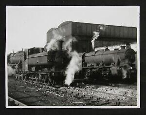 vintage original photograph 3872 Pannier tank & 48284 Stanier 8F at Oxley 1965