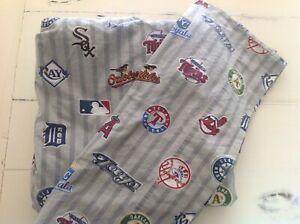 Pottery Barn Teen Major League Baseball Team Logos  Full Flat & 1 std pillowcase