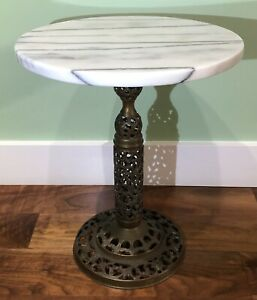 Vintage Accent Table Round White Marble w/Black Veining Top on a Brass Pedestal