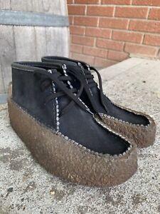 Vintage Clarks Wallabee Black Suede Crepe Sole Gum Shoes Women's Size 7 Ireland!