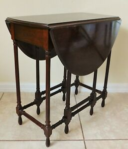 Antique/Vtg Petite Solid Mahogany Wood Gateleg Drop Leaf Side/End Accent Table