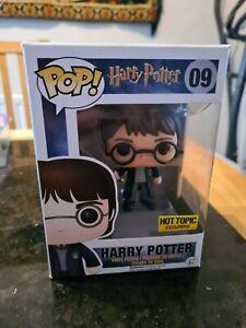 Funko Pop! Harry Potter #09 Hot Topic Exclusive Vinyl Figure (minor box damage)