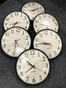 Primex Wireless Wall 6 Clocks Without Transmitter Q13058 , OFM-12.5 AC 01, Works