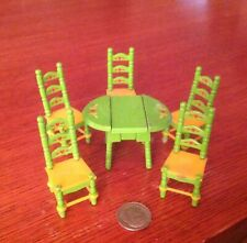 Dollhouse Miniatures Half Scale Metal Painted Table and Chairs Set