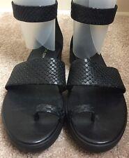 Via Spiga Coco Sandal Black Snake-Embossed Leather Size 6 M EUC!
