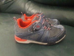 Toddler Boys Stride  Navy blue and red size 7 shoes