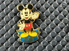 PINS PIN BADGE BD DISNEY MICKEY 1936