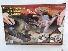 Jurassic Park 3 Movie Battling SPINOSAURUS Dinosaur Action Figure w/ Ribs Signed
