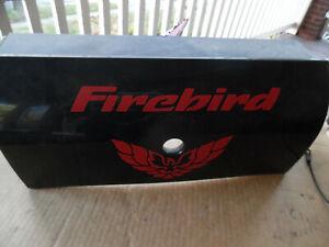 98 - 02 PONTIAC FIREBIRD TAIL LIGHT FILLER PANEL