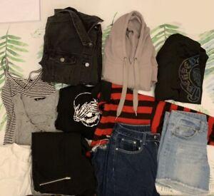 TEENS/WOMENS BULK CLOTHING ~ MIXED ITEMS ~ EDGY ESSENTIALS jayjays supre shein +