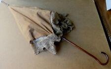 070214b Un ombrellino parasole di fine Ottocento in tessuto beige