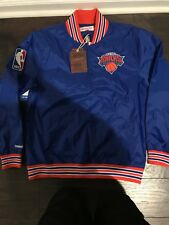 New York Knicks Mitchell and Ness 1/4 zip Nylon Pullover size M