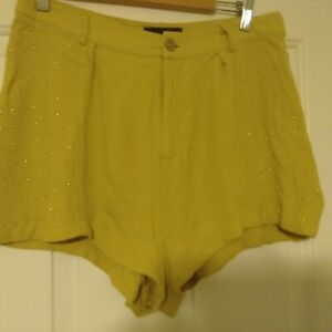 MinkPink Mink Pink Womens Mustard Yellow Shorts With Gold Studs Sz L Belt Loops