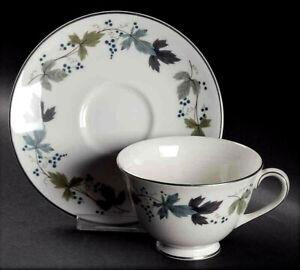 Royal Doulton Klassisch Keramik Herbst Ahorn Blatt Kaffeetasse Saucer Ehe Gift