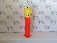 PEZ Looney Tunes- Tweety 4.9 Austria - NO headholes - Neon Red Stem - loose