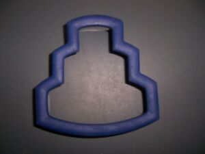 Wilton Comfort Grip Cookie Cutter Tier Cake