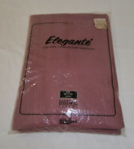 Vintage Bardwill Oval Tablecloth 60x102 Stain Release + 6 Napkins Color Berry