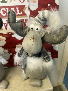 Christmas quality Shelf Sitting Moose