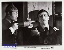 Michael York scared by drill VINTAGE Photo Strange Affair