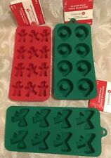 Celebrate It-3 Pc Silicone Holiday Bakeware Molds Wreath Gingerbread & Bow - NEW