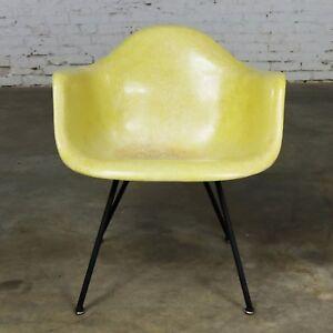 Eames Herman Miller LAX Fiberglass Arm Shell Chair X Base Zenith Rope Edge Yello