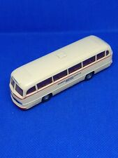 Brekina Mercedes-Benz 0-321 Bus Touring Ho L 10,5 cm