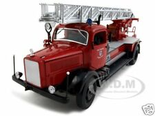 1944 MERCEDES L4500F FIRE TRUCK 1:24 DIECAST MODEL BY ROAD SIGNATURE 20228
