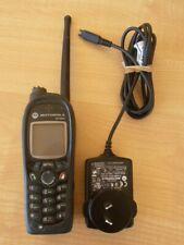 MOTOROLA MTH800 TWO WAY RADIO TETRA PORTABLE RADIO WITH CHARGER