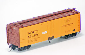 Accurail HO Scale 40' Steel Reefer Kit - Gulf Mobile & Ohio