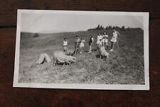 Photo famille Vintage snapshot 1947 Savoie Croix des sept frères cochons