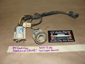 84 Cadillac Fleetwood Brougham RWD LEFT SIDE TAIL LIGHT WIRE HARNESS CONNECTORS
