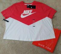NIKE~Women's Plus Size 2X~Peach/Pink White Short Sleeve Running Shirt NWT$30.00
