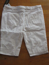 NWT Rampage White & Gold Striped Walking Shorts - size 9