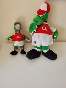 Gunnersaurus Arsenal FC Plush Retro Toy - 2003/04 Season 7' + Smaller Plush Toy