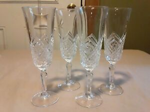 Set Of 4 Beautiful Glass Cut Cystral Champagne Flutes
