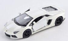 BLITZ VERSAND Lamborghini Aventador LP700-4 perlweiss Welly Modell Auto 1:34 NEU