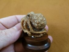 (tb-octo-41) standing Octopus TAGUA NUT palm figurine Bali carving reef octopi