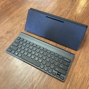 Logitech R0034 Bluetooth Portable Tablet Keyboard For iPhone/iPad/Android Clean