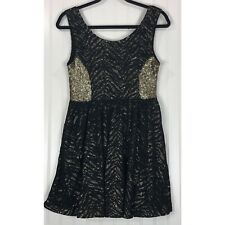 Hunt No More Like A Soldier sequin and lace skater dress M NEW
